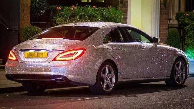 2015-05-18 Mercedes swarovski