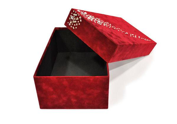caja-decorada-con-strass